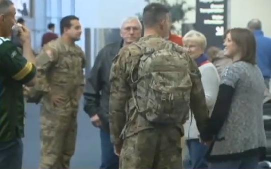 Участники Национальной гвардии возвращаются домой в Милуоки