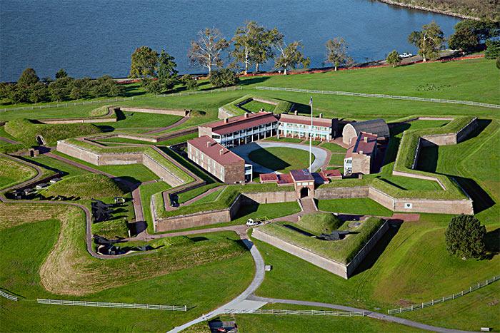 Fort Mak Genri - Балтимор - самый «темный» город США