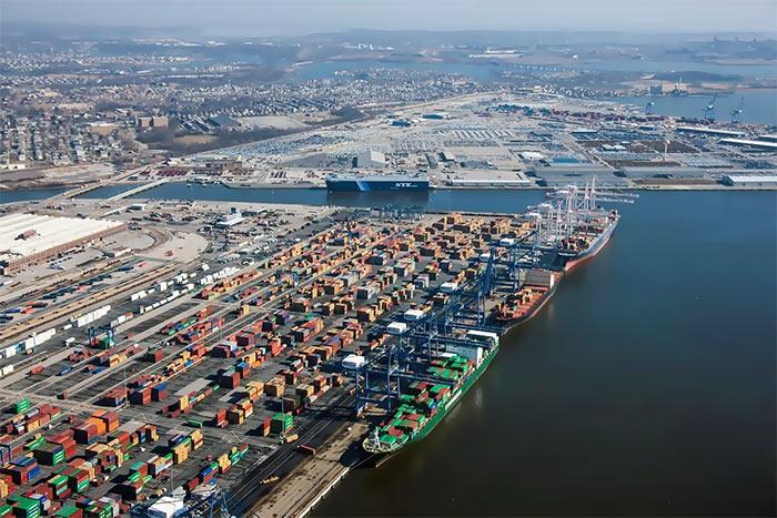 Glavnyj port Soedinennyh SHtatov Ameriki - Балтимор - самый «темный» город США