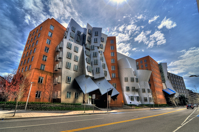 Ray and Maria Stata Center - Стили архитектуры США