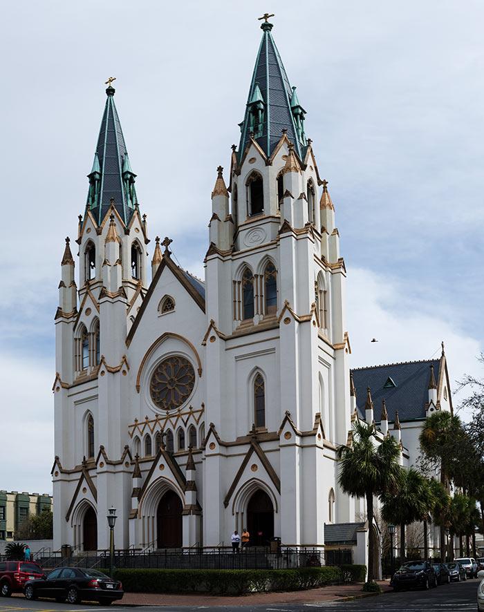 Cathedral of St. John the Baptist - Чарльстон - один из самых крупных портов мира