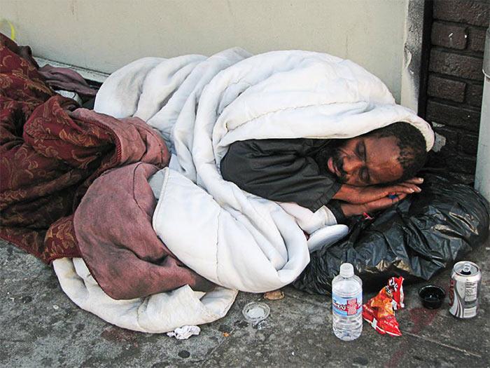 Kak zhivut bezdomnye v Los Andzhelese - Лос-Анджелес – город бомжей