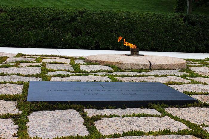 Poslednee pristanishhe vydayushhihsya lyudej - Арлингтонское национальное кладбище, США
