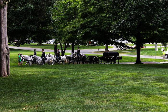 Zahoroneniya na Arlingtonskom kladbishhe - Арлингтонское национальное кладбище, США