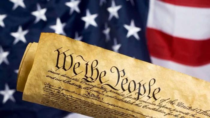 Konstitutsiya SSHA - Конгресс США