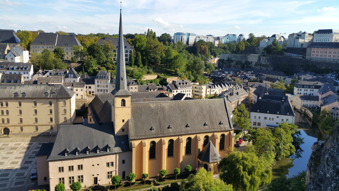 Lyuksemburg - Эмиграция в Люксембург