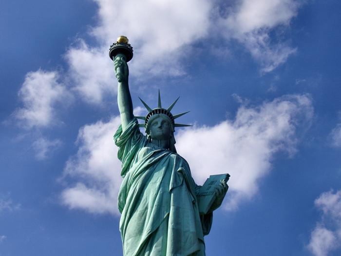 Statuya Svobody - Достопримечательности Нью-Йорка