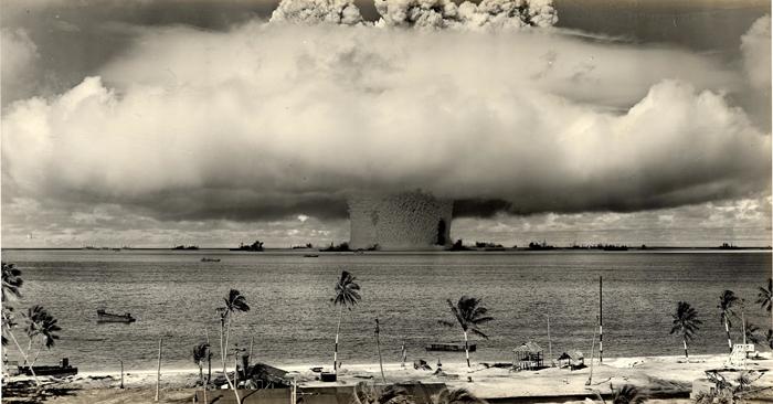 Atomnye bombardirovki Hirosimy i Nagasaki - Краткая история возникновения США