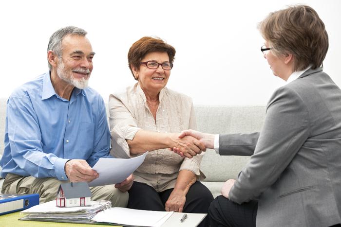 Преимущества и недостатки обратной ипотеки