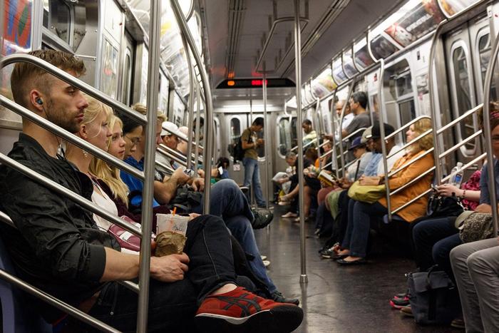 Metro v Nyu Jorke - Жизнь в Нью-Йорке для русских