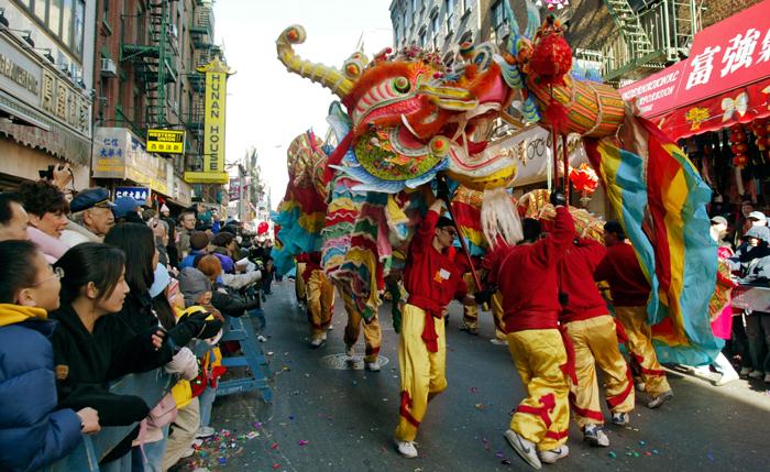 Prazdnovanie Kitajskogo Novogo goda - Китайский квартал в Нью-Йорке