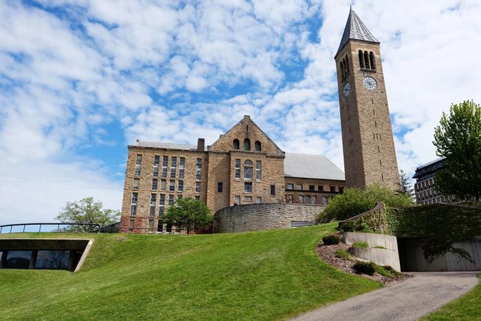 Kak postupit v letnyuyu shkolu Kornellskogo universiteta - Корнеллский университет, штат Нью-Йорк