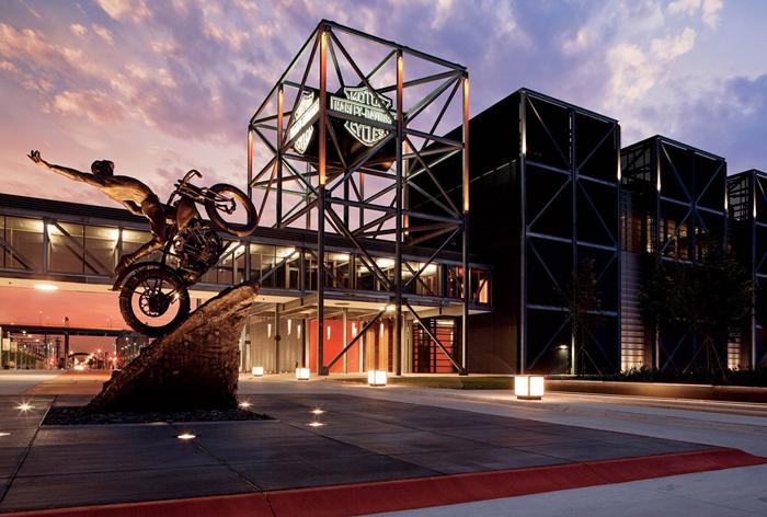 Muzej Harlej Devidson - Милуоки - крупнейший город штата Висконсин