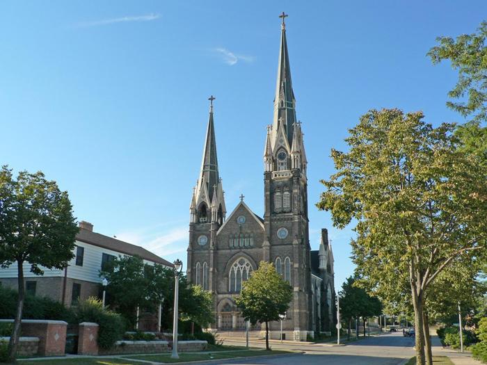 TSerkov Svyatogo Ioanna - Милуоки - крупнейший город штата Висконсин