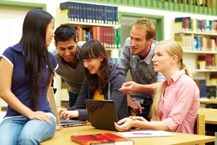 Obuchenie v SSHA dlya inostrantsev - Особенности американского образования: плюсы и минусы