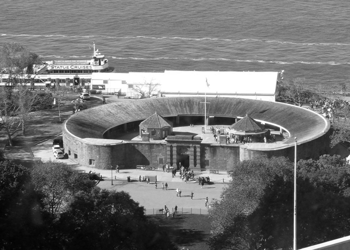 Fort Klinton - Остров Эллис в Нью-Йорке
