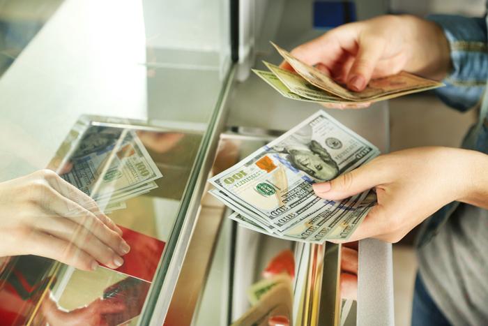 Как отправить деньги из америки в россию
