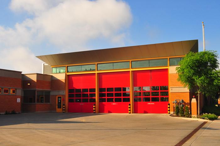 Samaya znamenitaya v SSHA pozharnaya chast - Как работает пожарная служба в США?
