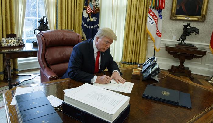 Polnomochiya i obyazannosti prezidenta SSHA - Президент США: полномочия